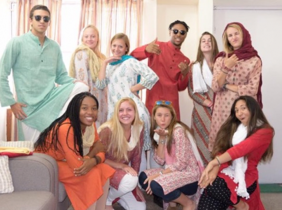 ACE In India Group Tries On Indian Clothing