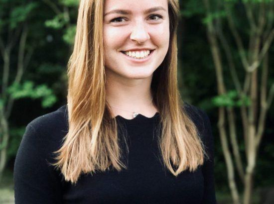 Kate Kutzer Headshot